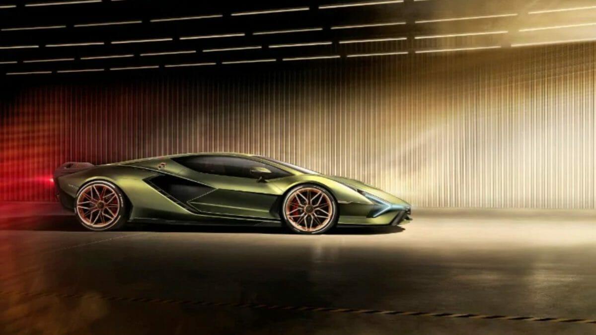 Lamborghini Sián side