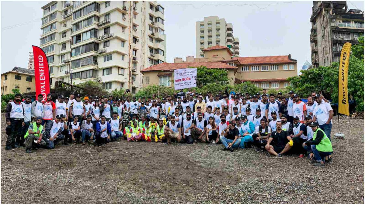 Royal Enfield Beach Clean Drive Mumbai 1