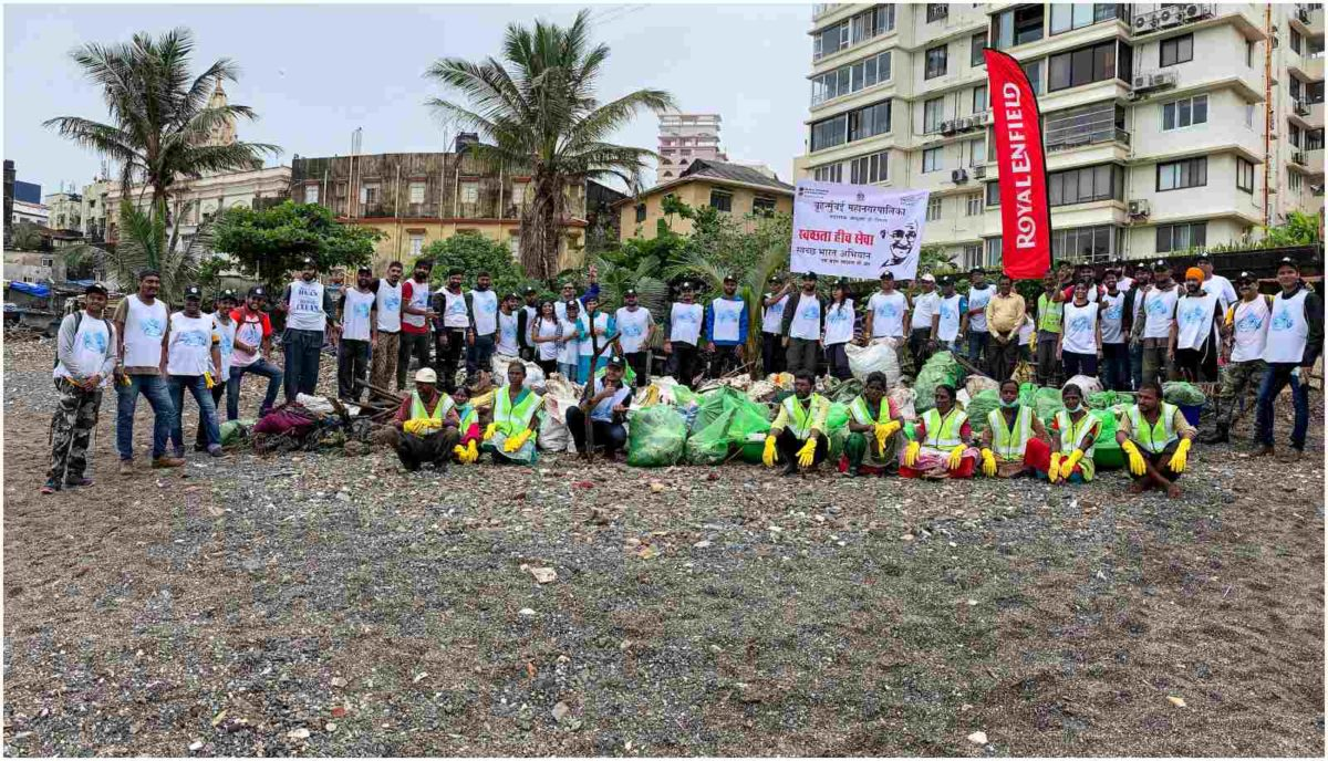 Royal Enfield Beach Clean Drive Mumbai 2