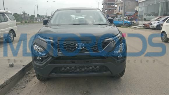 Tata Harrier Dark Edition front