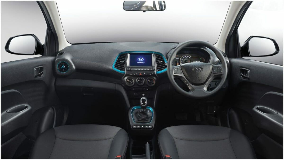 Hyundai SANTRO – Interior