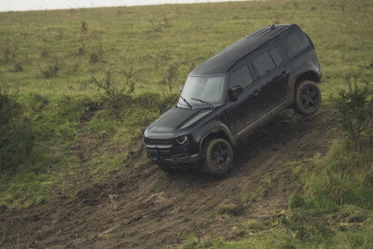 Behind the scenes image of the New Land Rover Defender featured in No Time To Die – 3