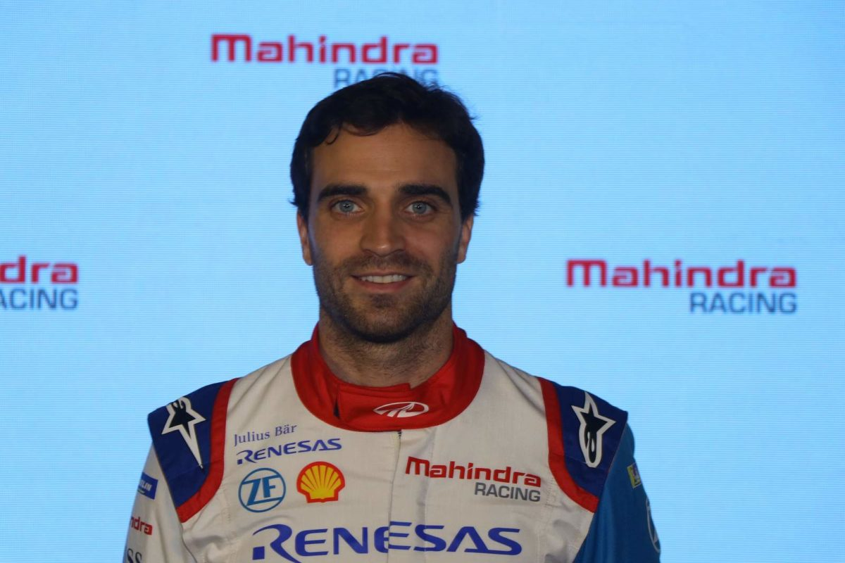 Jerome D'Ambrosio at Mahindra Racing #Passioneering Conference (1)