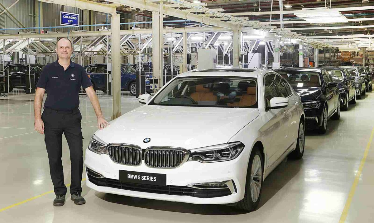 Mr. Thomas Dose, MD, BMW Plant Chennai with the BS VI diesel BMW 5 Series