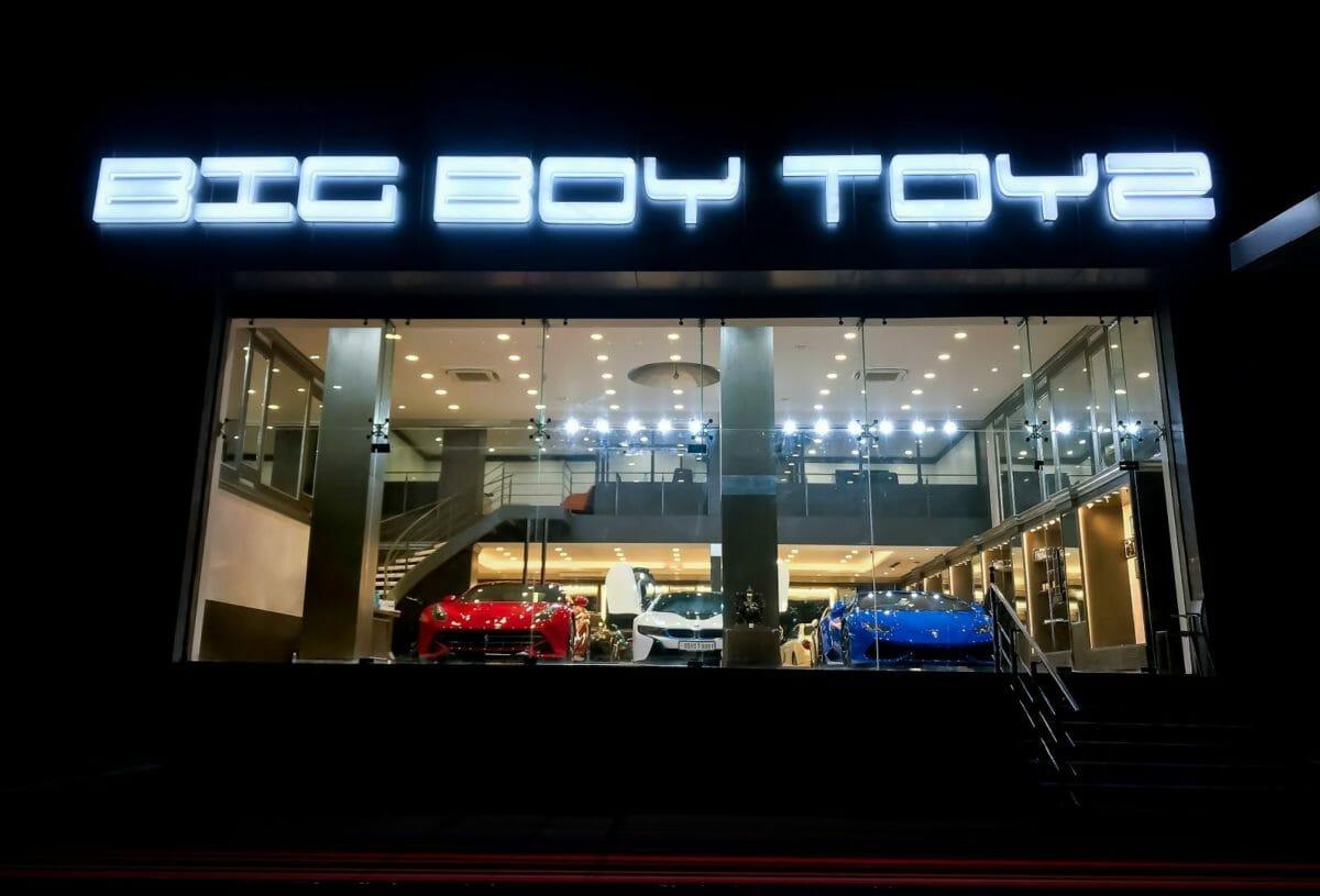 Big Boyz Toyz Hyderabad Showroom 2_1600x1086 (1)