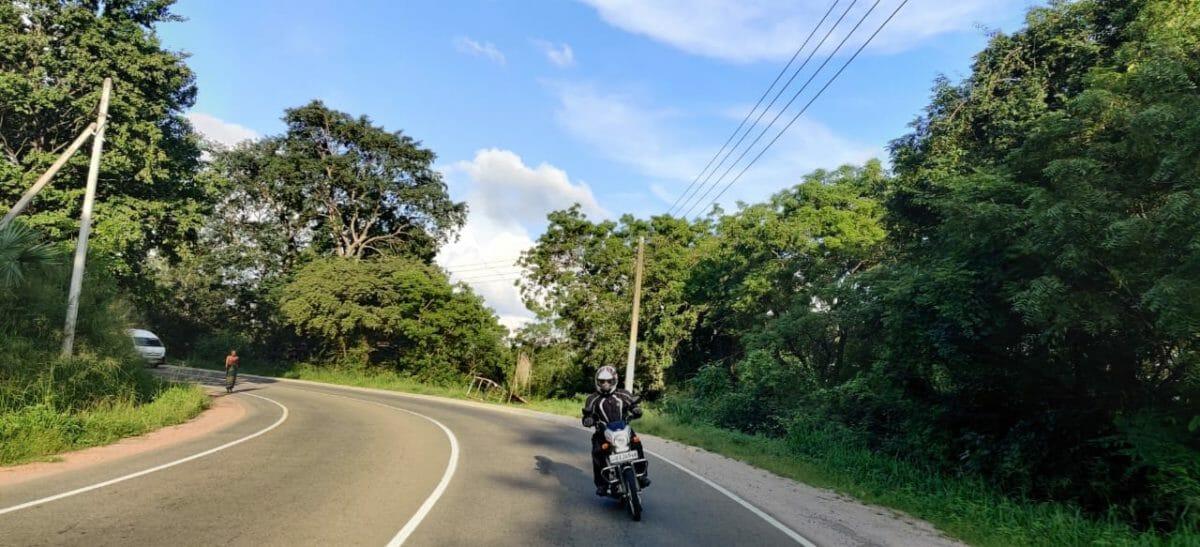 Riding In Sri Lanka on The TVS XL100 (15)