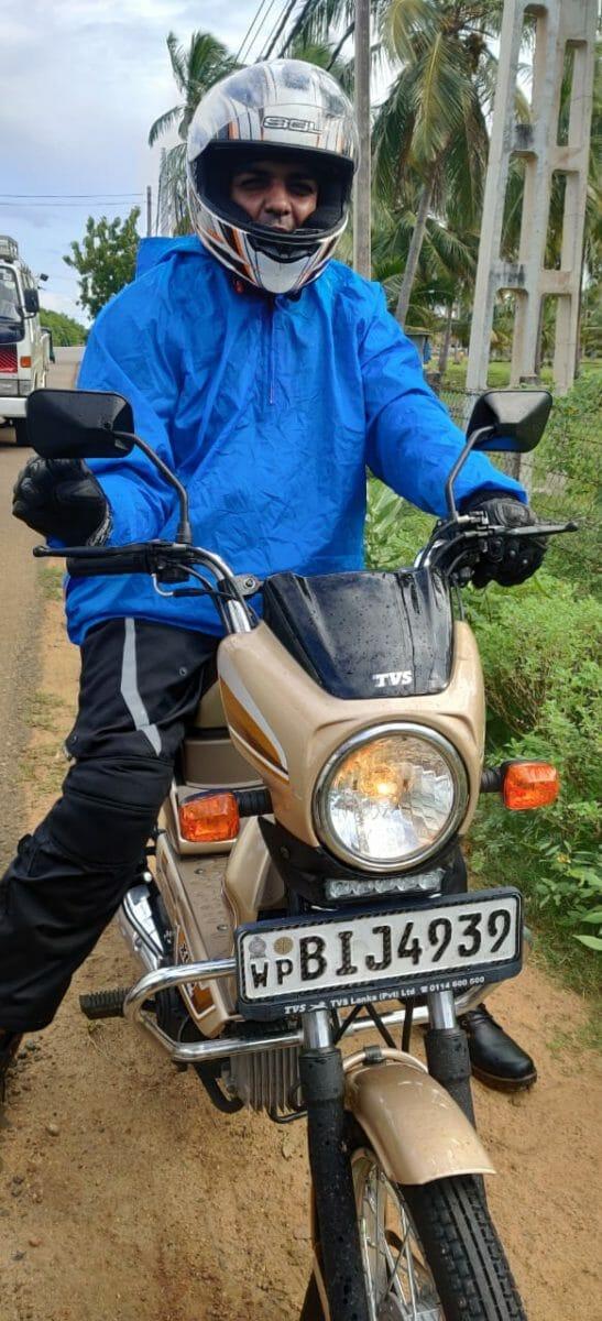 Riding In Sri Lanka on The TVS XL100 (2)
