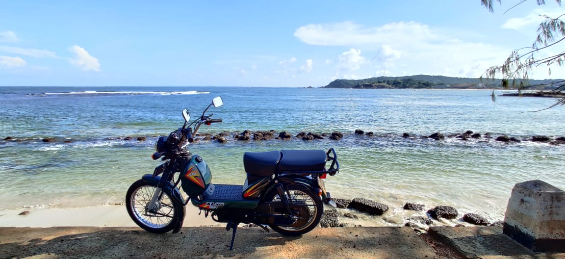 Riding In Sri Lanka on The TVS XL100 (28)