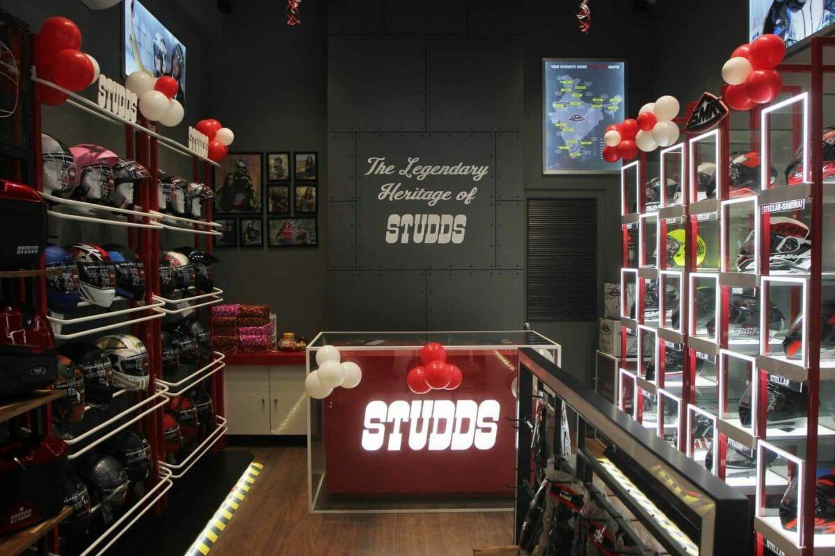 Studds and SMK Helmet Store Mumabai (1)