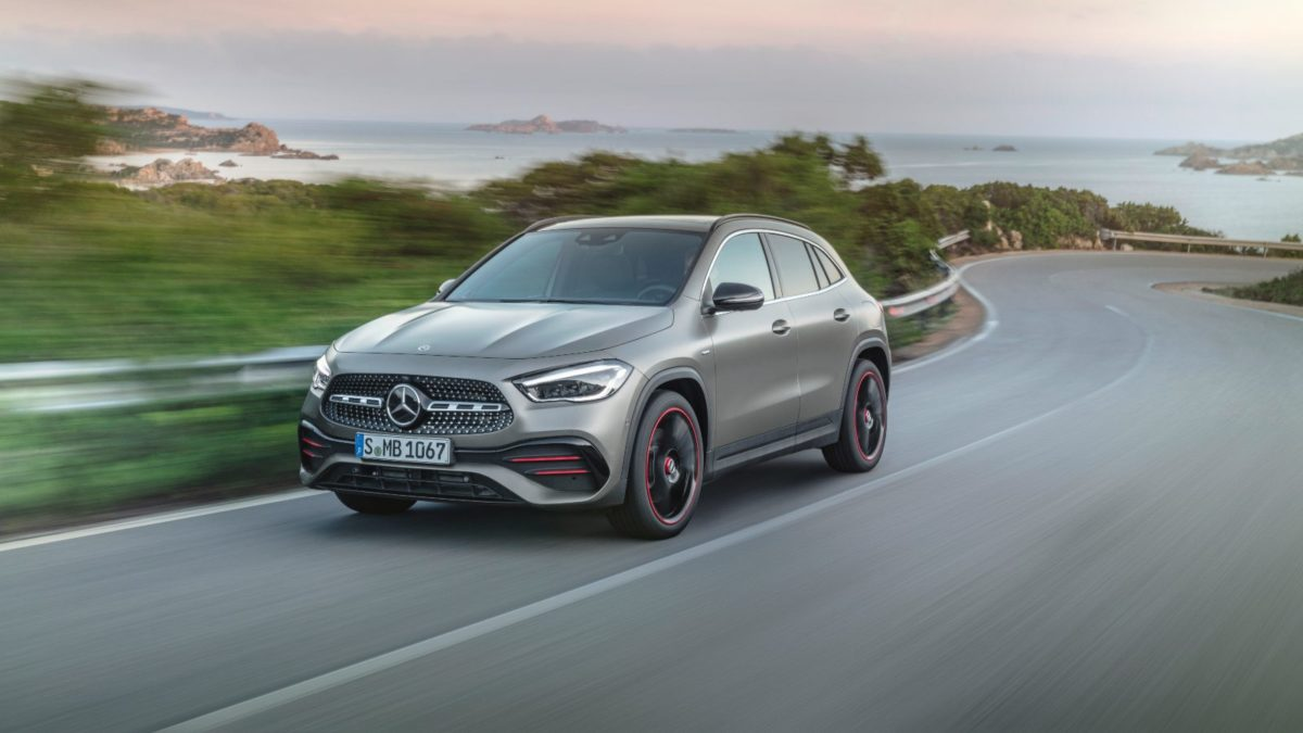 mercedes benz GLA 8