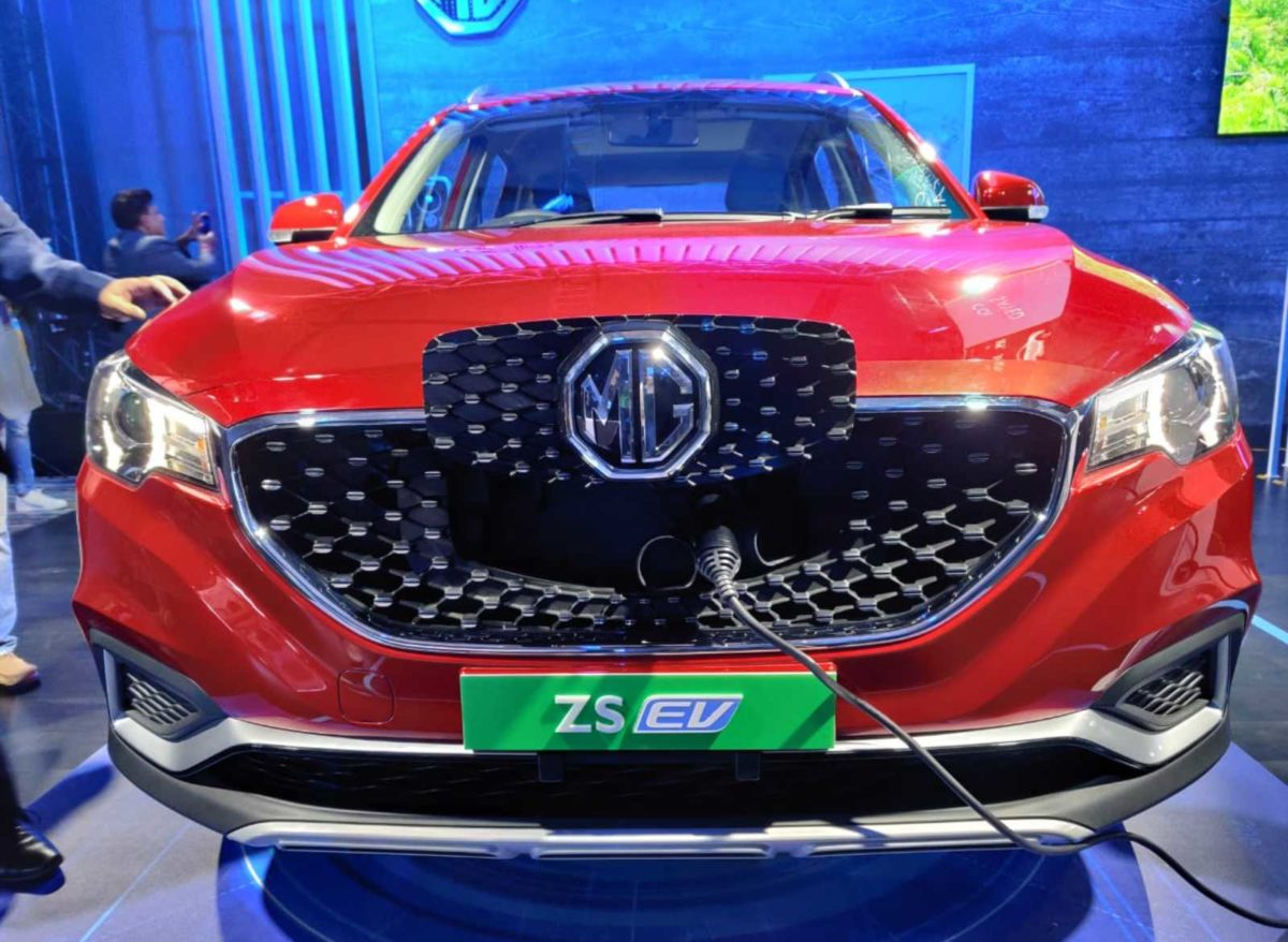 mg zs ev india unveil 3