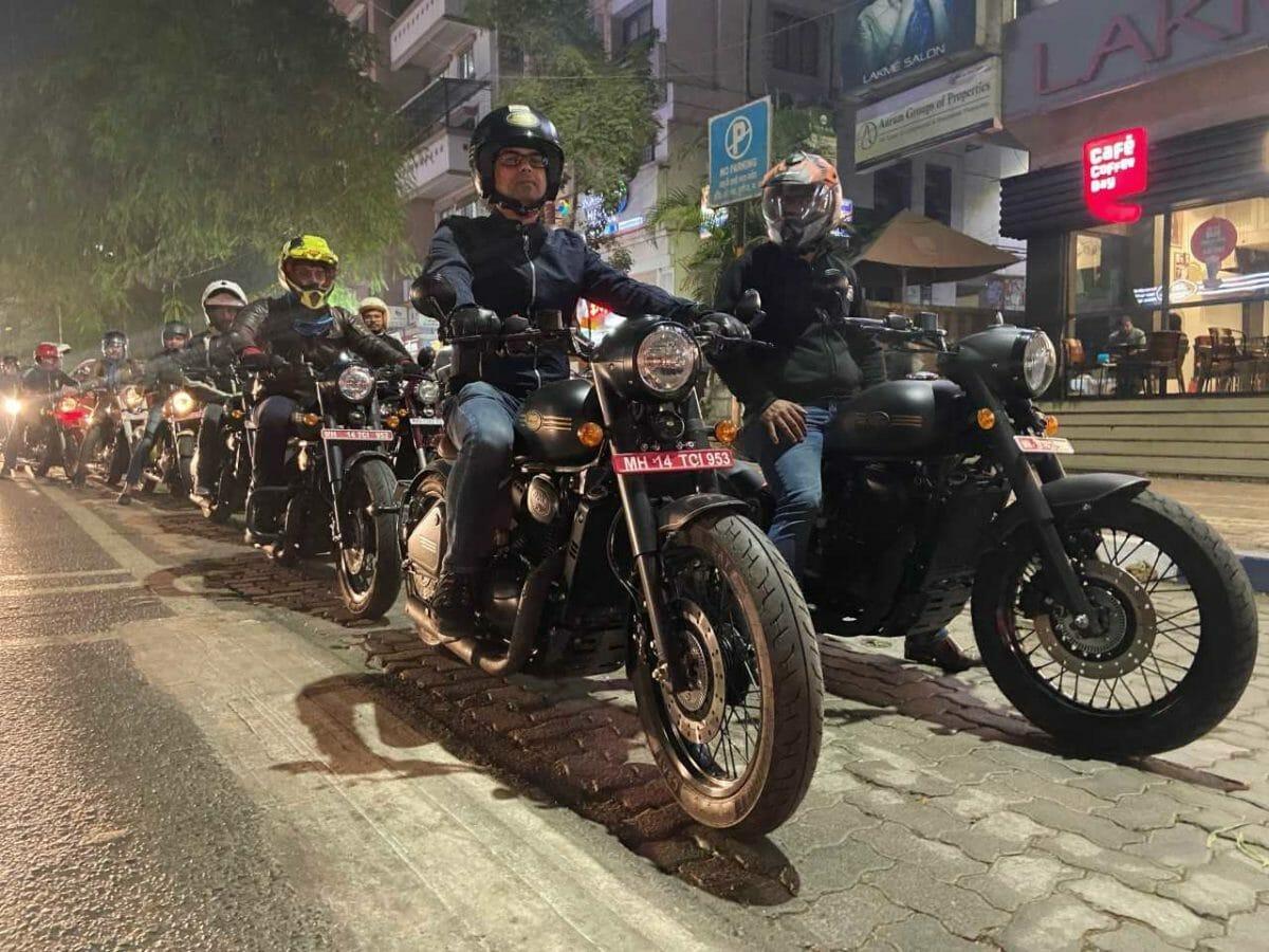 Jawa Perak Night Test Rides (1)
