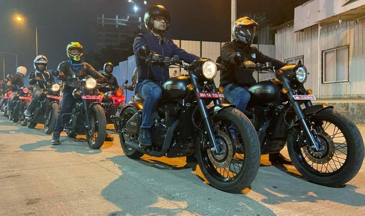 Jawa Perak Night Test Rides (2)