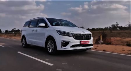 Kia Carnival Video Review: Comfort, Space, Features And Variants Explained