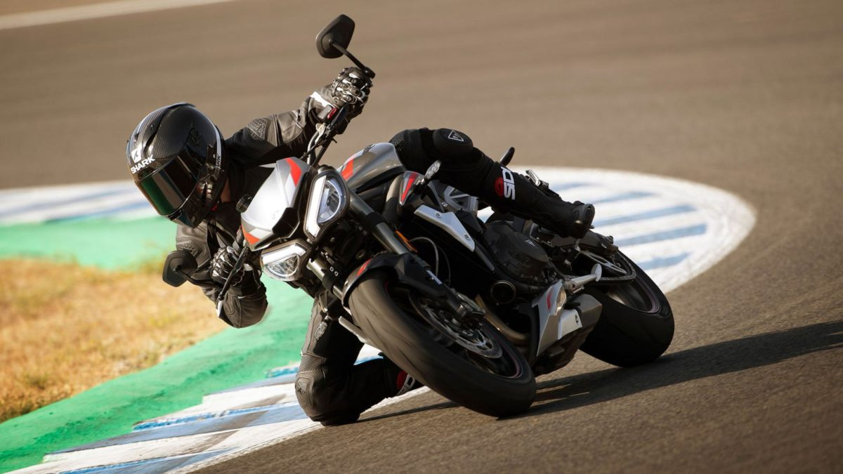 2020 Triumph Street Triple RS (1)