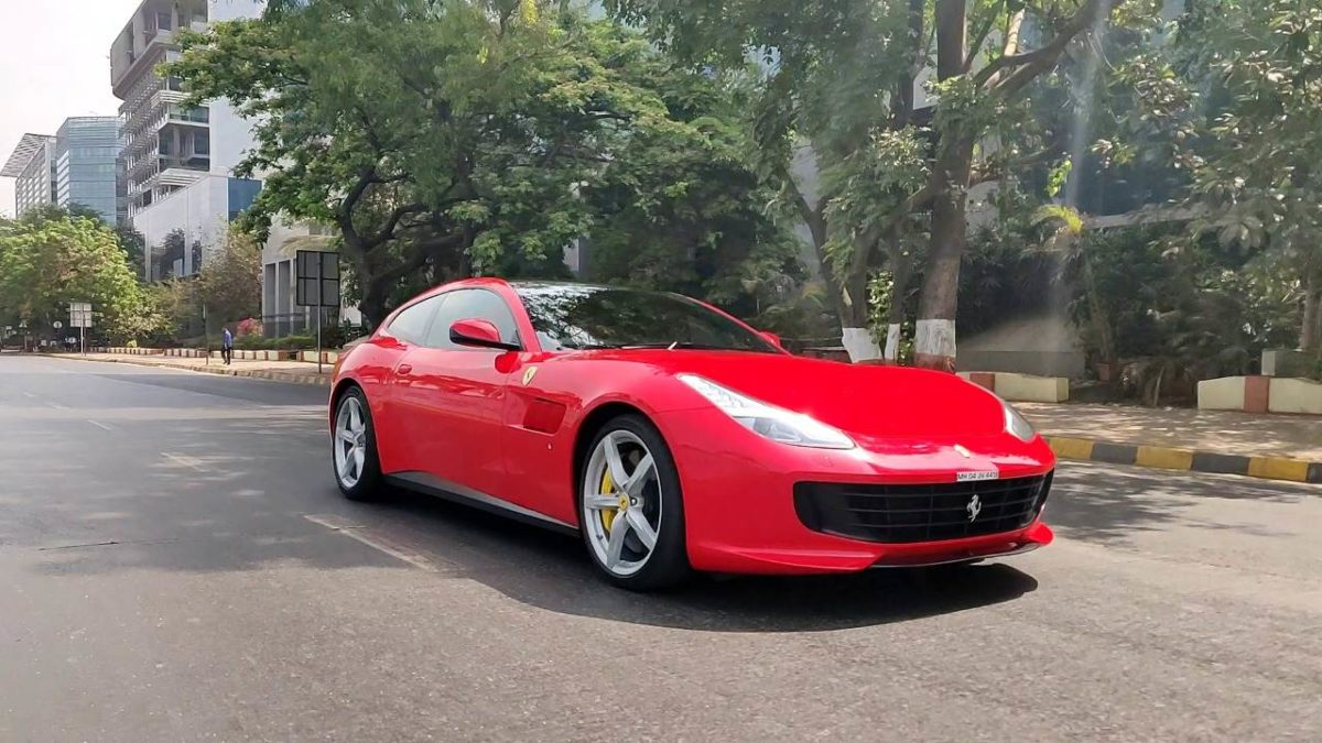 Ferrari GTC4LussoT Mumbai (1)