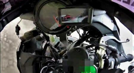 Kawasaki Ninja H2 crash