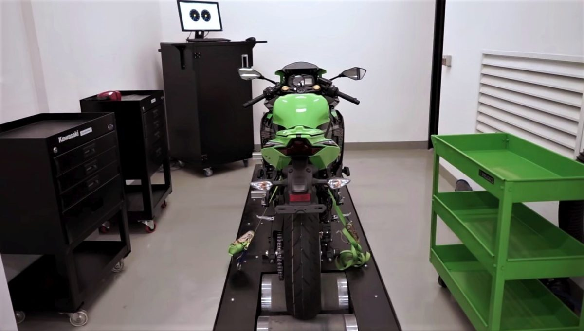 Kawasaki ZX 25R Dyno Test