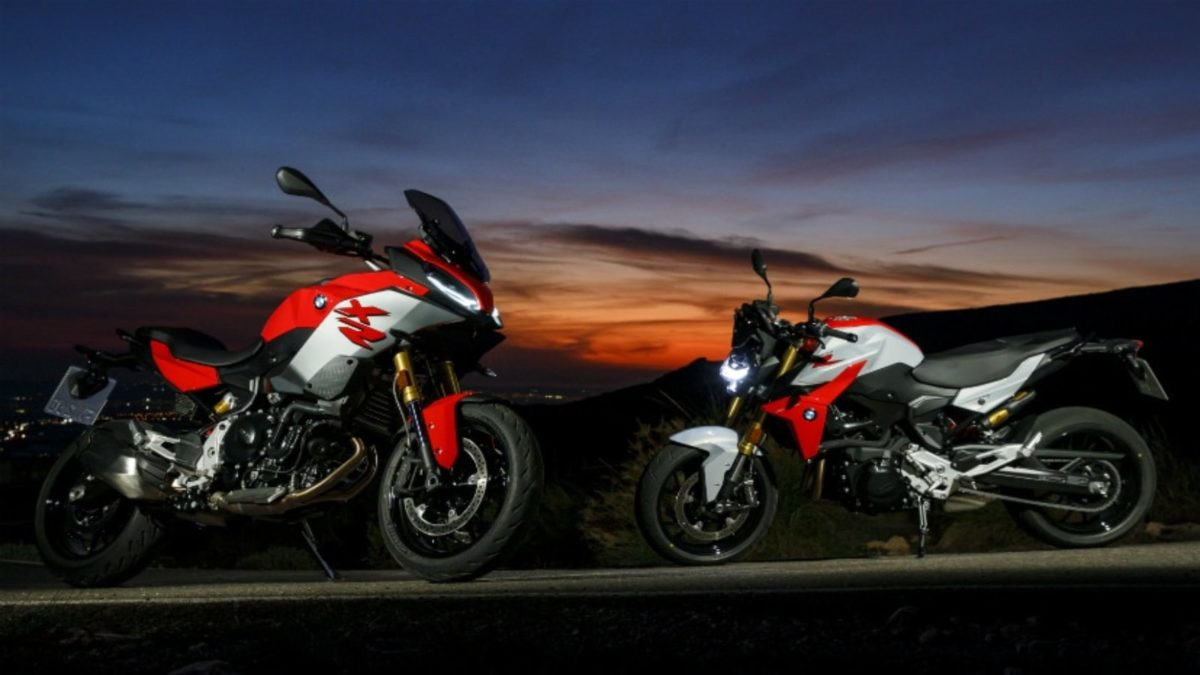 BMW F 900 XR and F 900 R