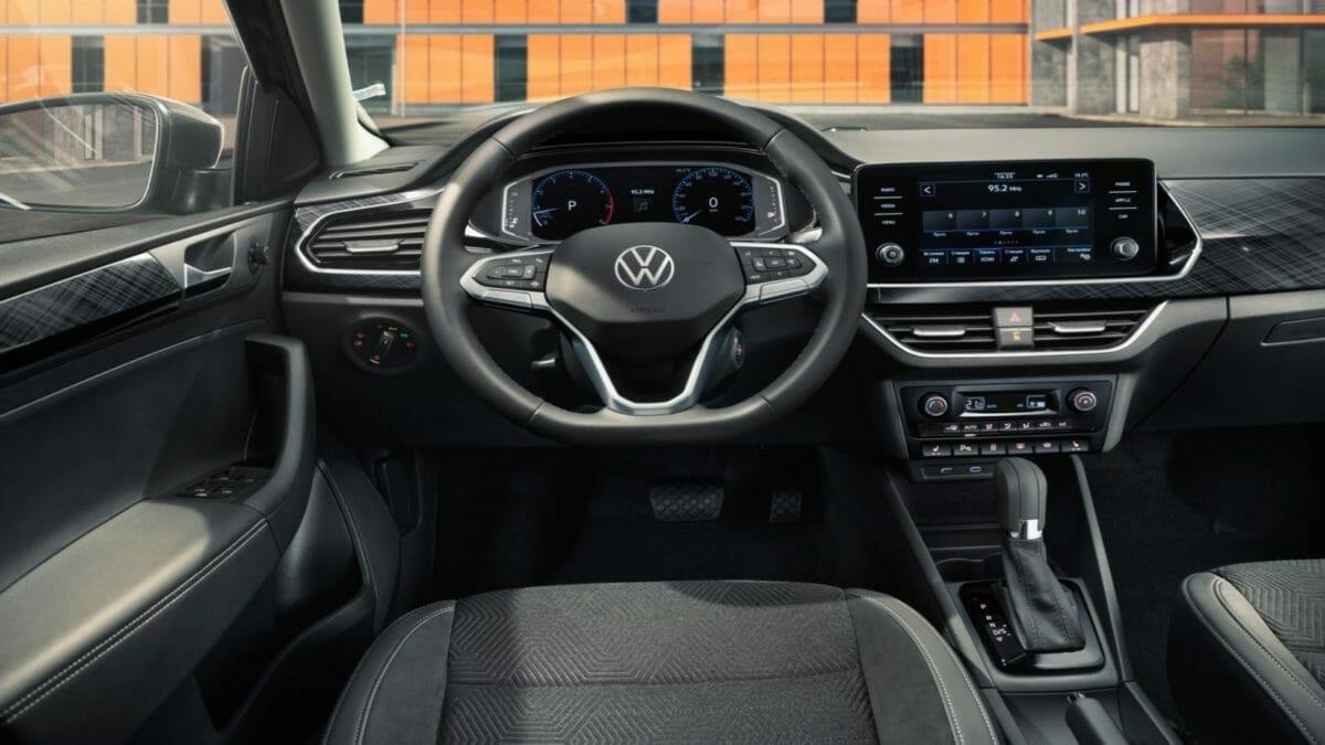 Volkswagen Vento 2020 (2)