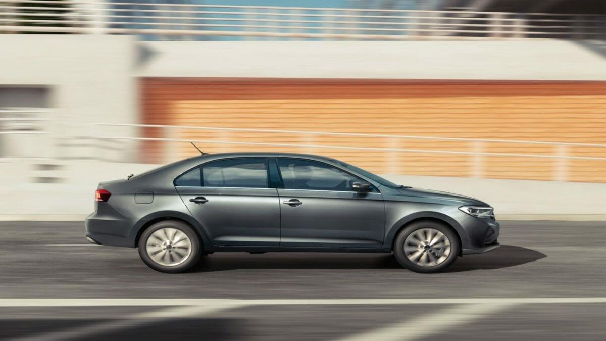 Volkswagen Vento 2020 (3)