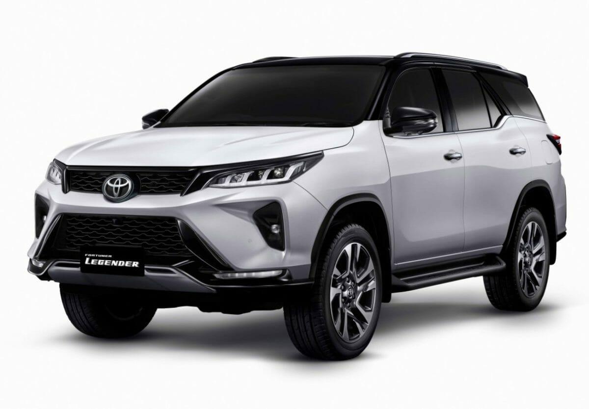 2021 Toyota Fortuner (1)
