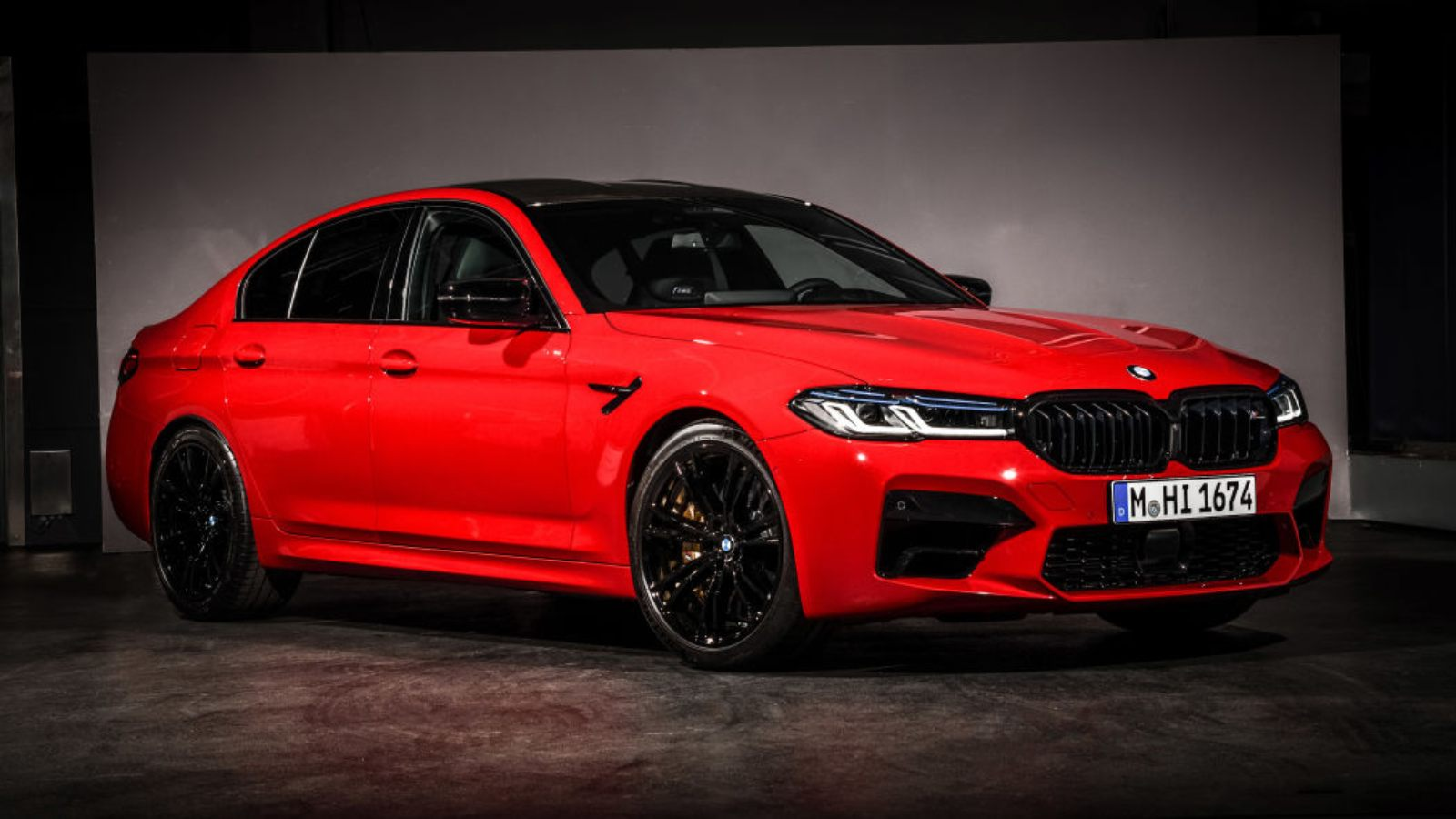 Bmw M5 Facelift Unveiled With Fresh Styling Motoroids