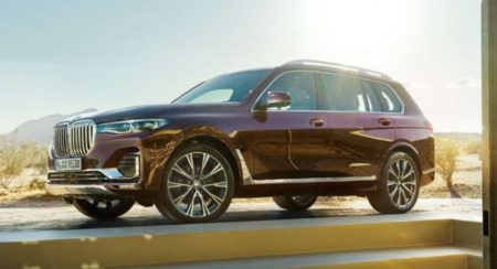 BMW-X7-M50d-side