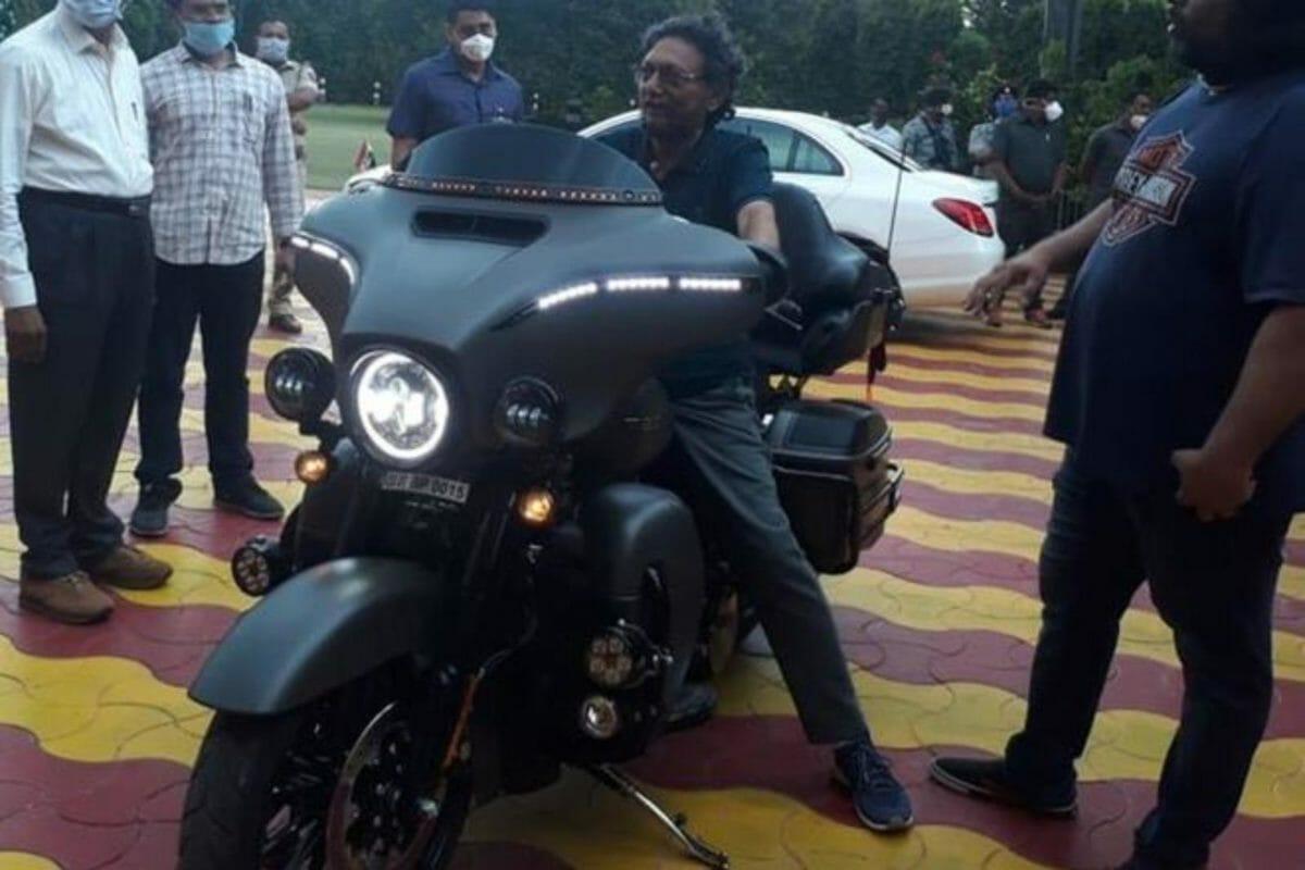 CJI SA Bobde with Harley CVO (1)