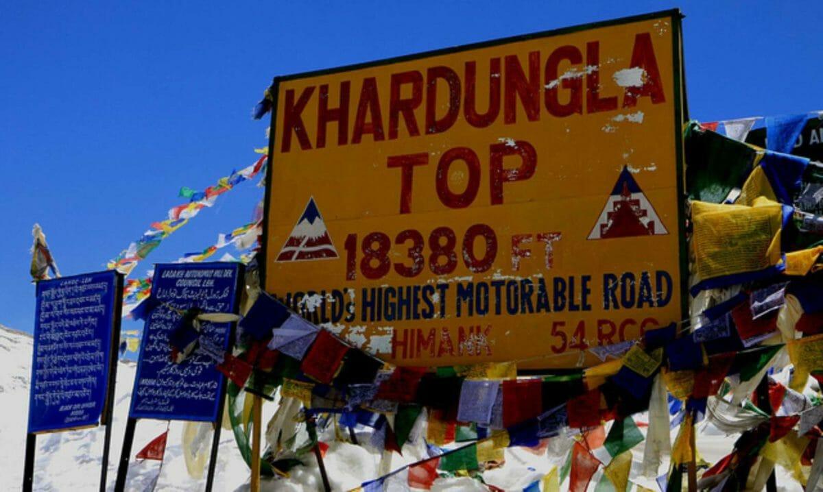 Khardung La Pass (1)