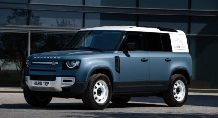 LAND ROVER DEFENDER MEANS BUSINESS AS HARD TOP NAME RETURNS FOR NEW COMMERCIAL - 2 (1)