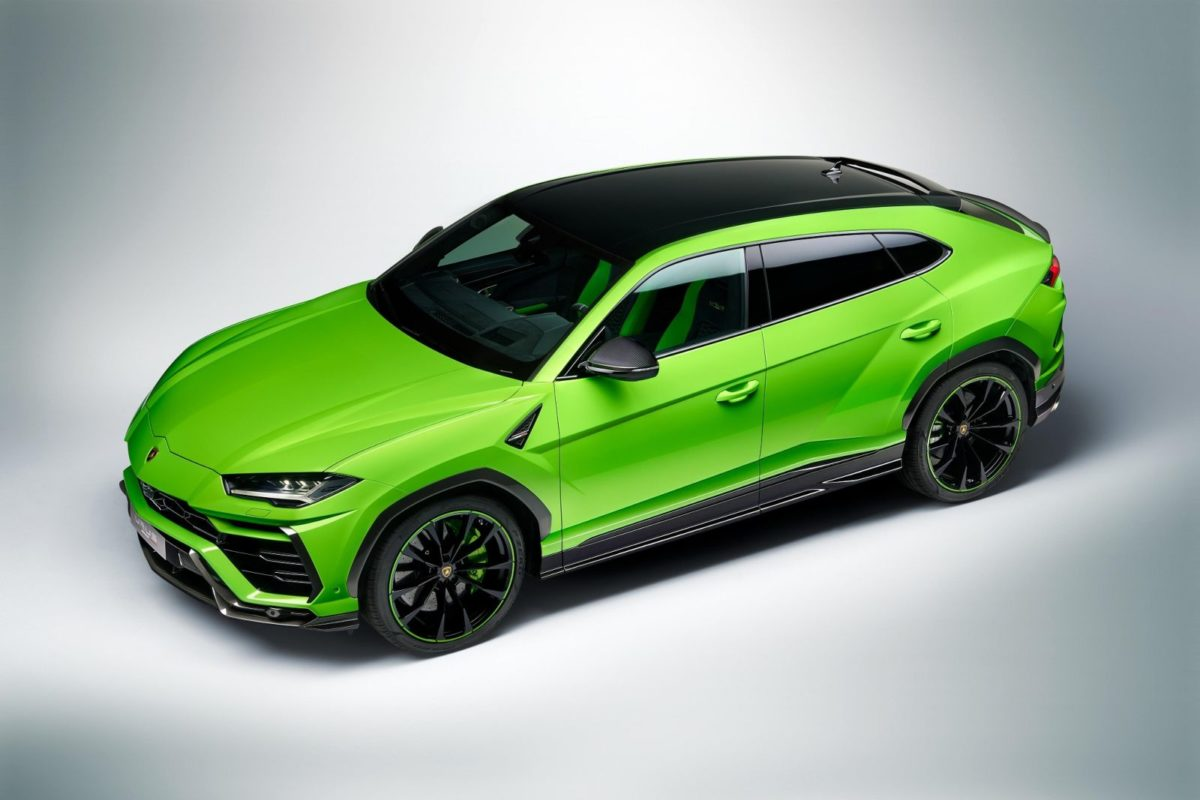 Lamborghini Urus Pearl Capsule – Green Rear (1)