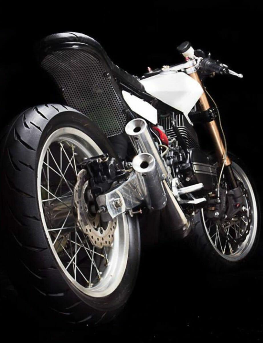 Modified Yamaha RD 350 1