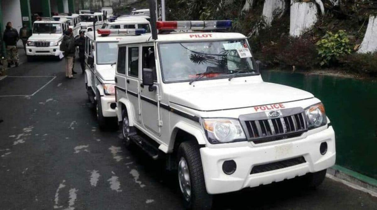 bolero police car in india (1)