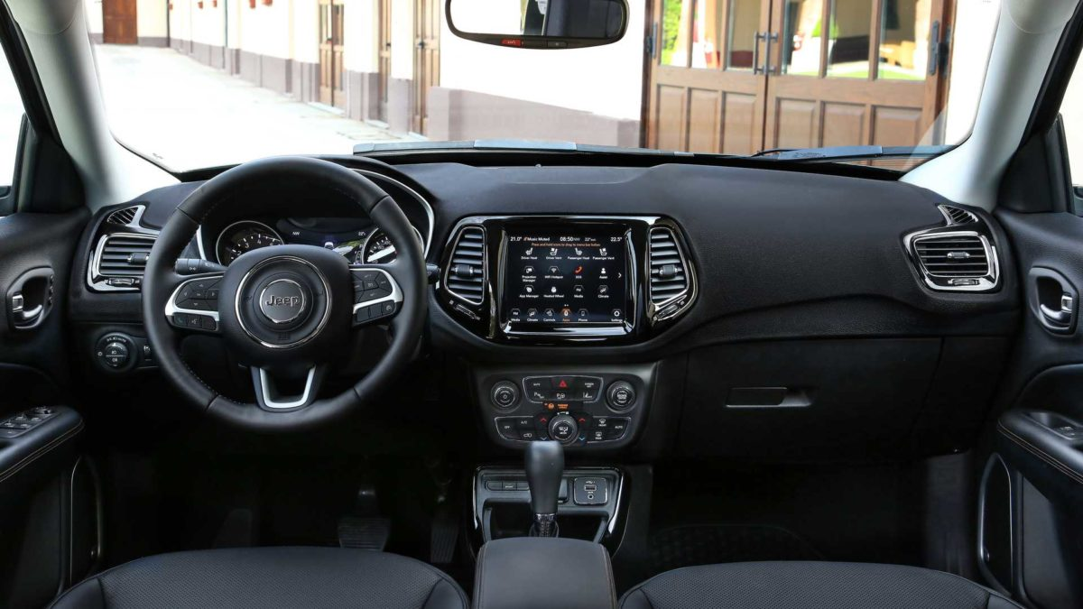 jeep compass 2021 cabin