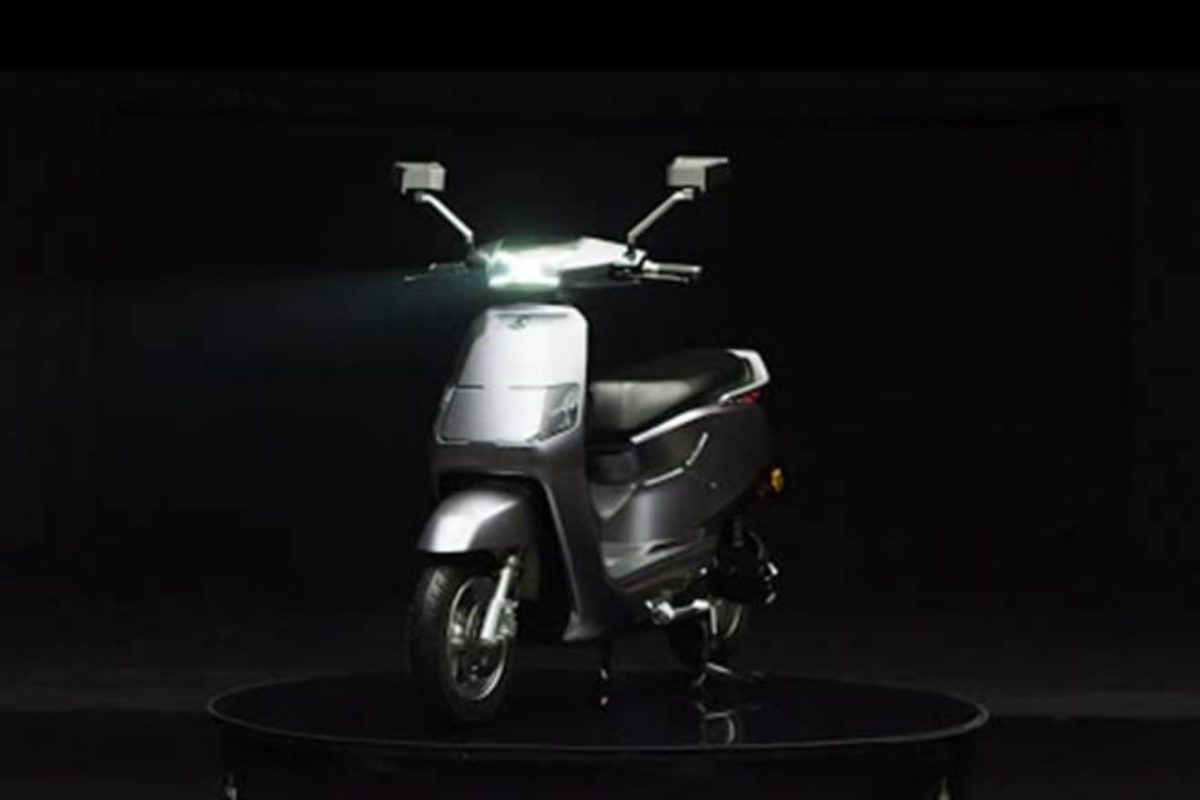 rr global bgauss electric scooter (1)