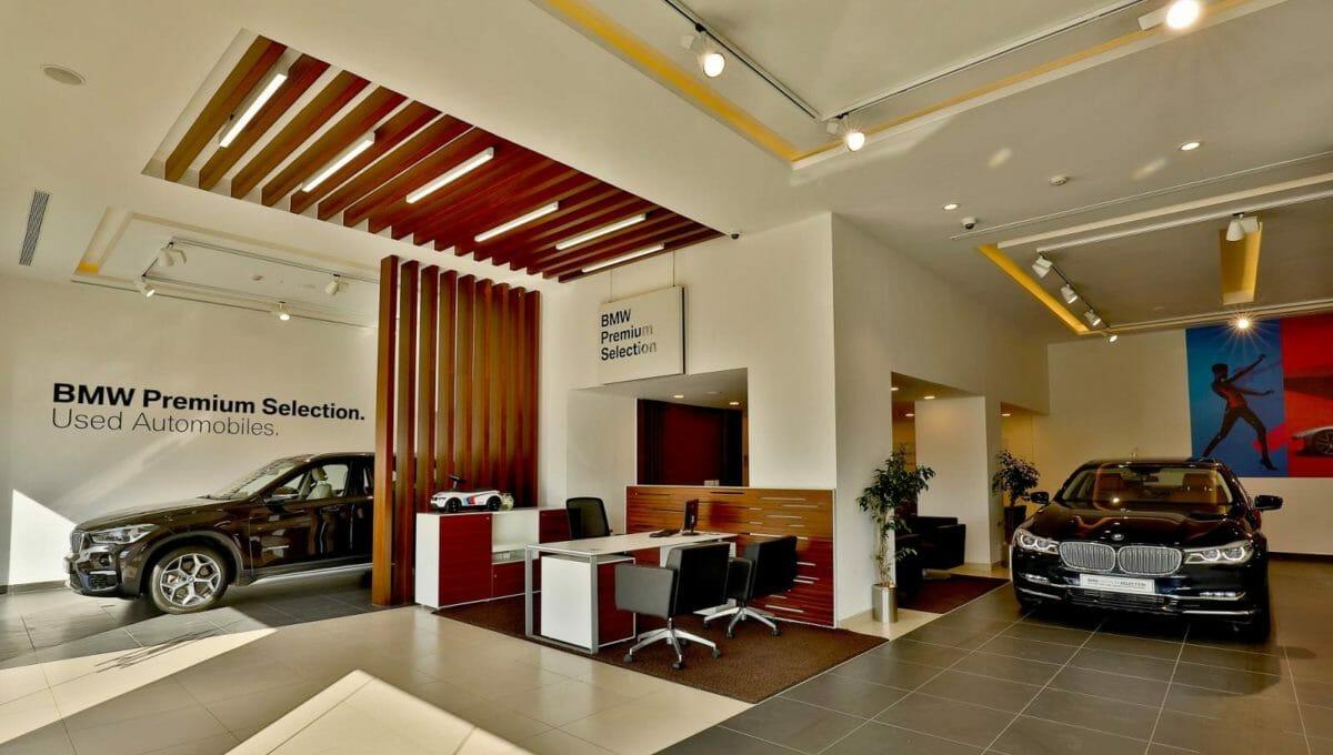 03 Navnit Motors BMW Premium Selection, Bengaluru (1)