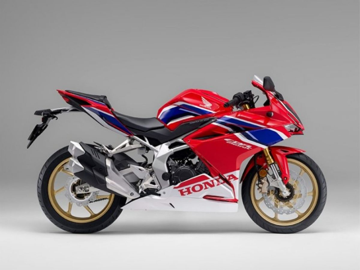 2021 Honda CBR250RR (1)