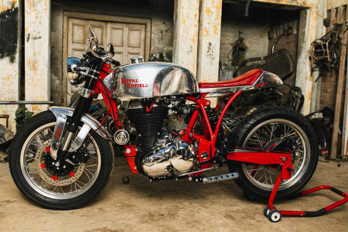 Custom Royal Enfield Vajra (1)