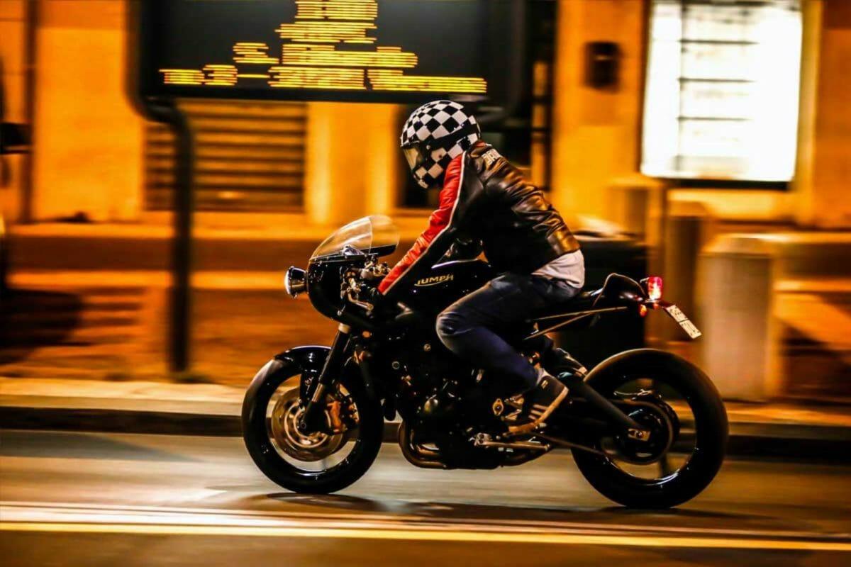 Custom Triumph Street Triple R 1