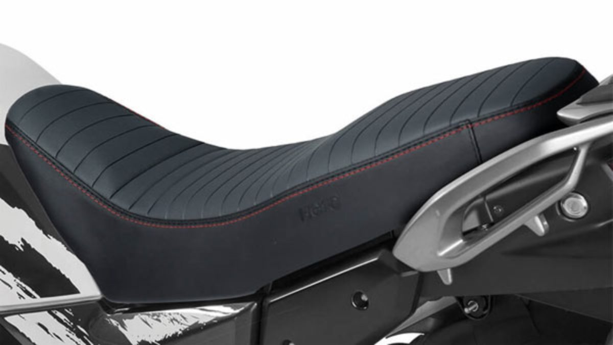 Hero Xpulse 200 Seat cover 1