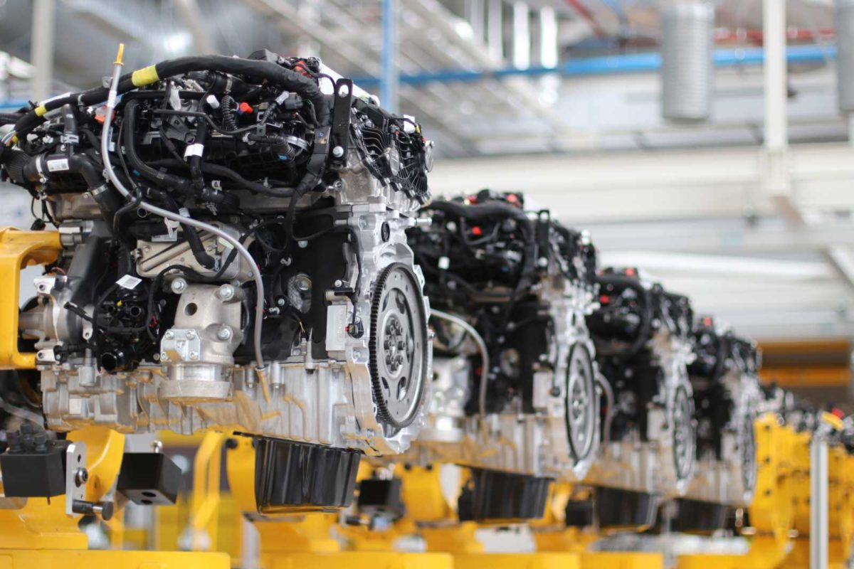 Jaguar Land Rover Ingenium D6 Line