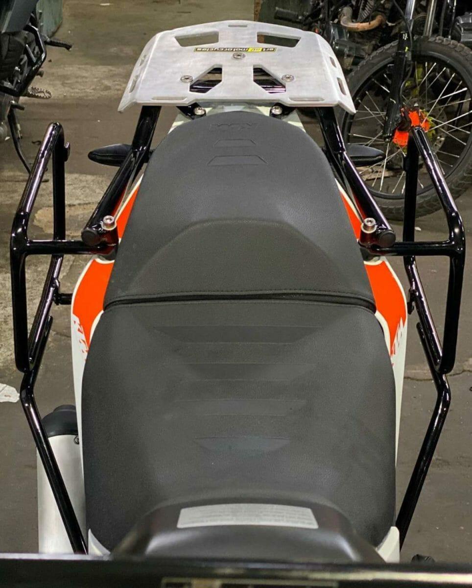 KTM Adventure 390 saddle stays 1
