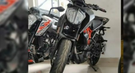 KTM Duke 250 Updated With LED Headlamp From Duke 390