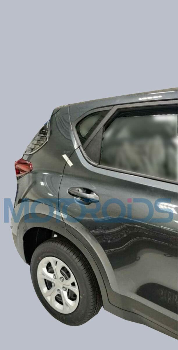 Kia Sonet HTE Rear Side Profile