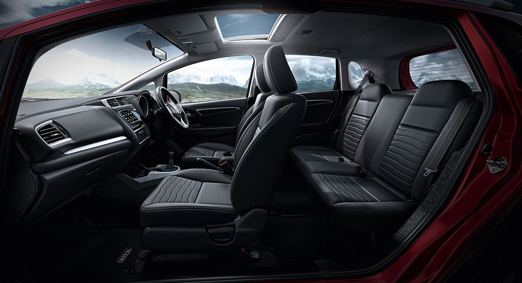 New Honnda WR V interior