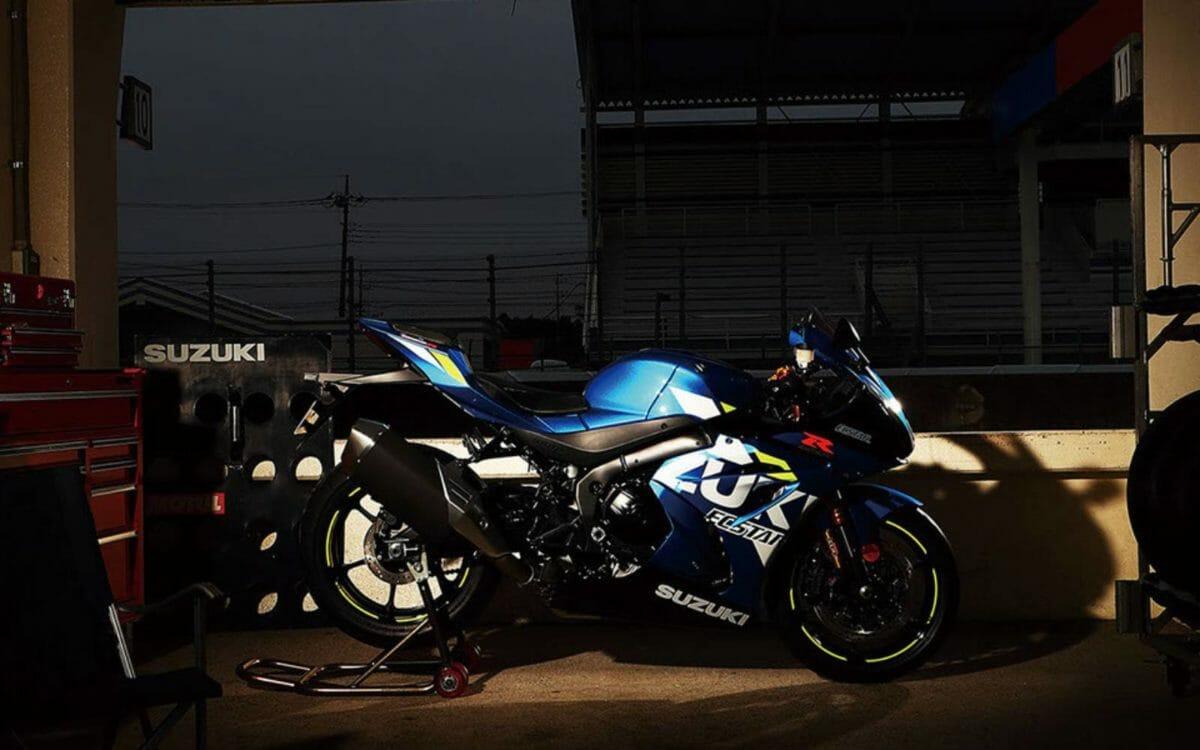 Suzuki GSX R1000 blue