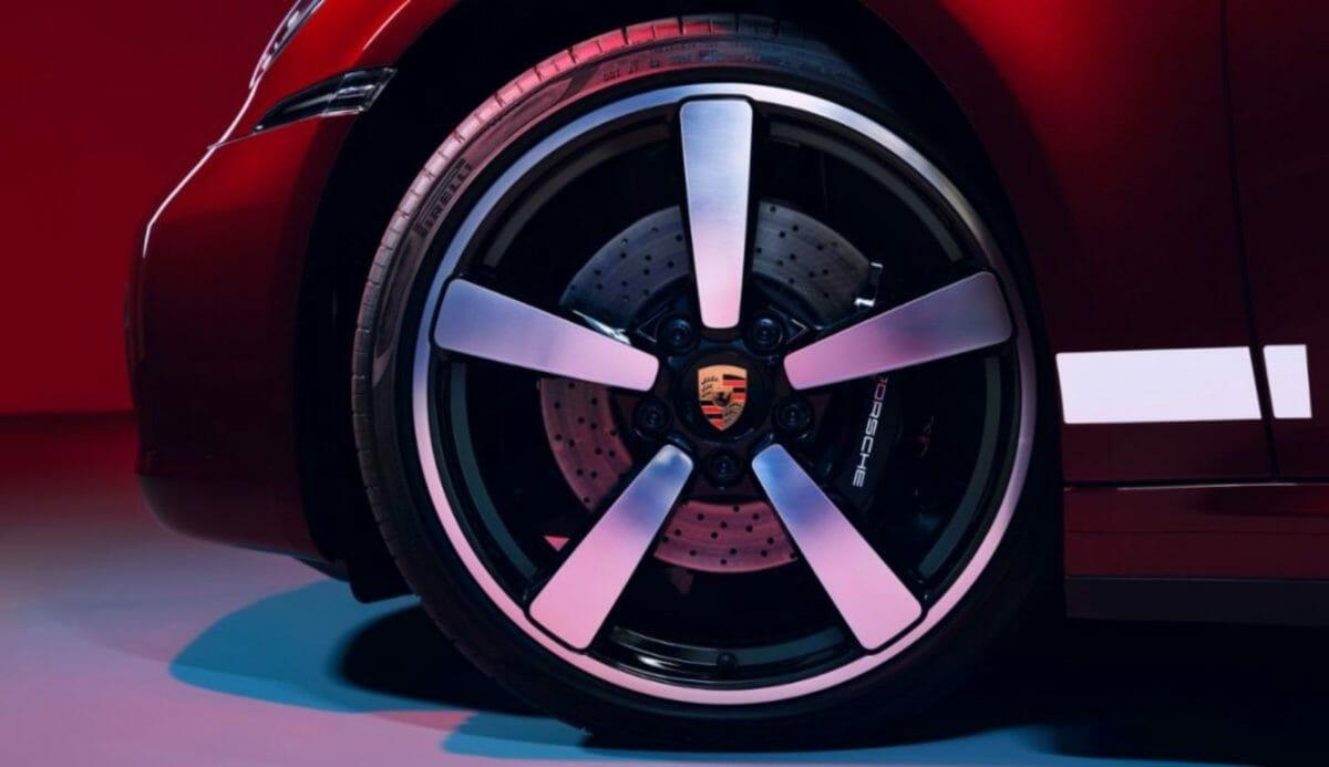 Porsche 911 Targa 4S Heritage Design Edition fuchs wheels