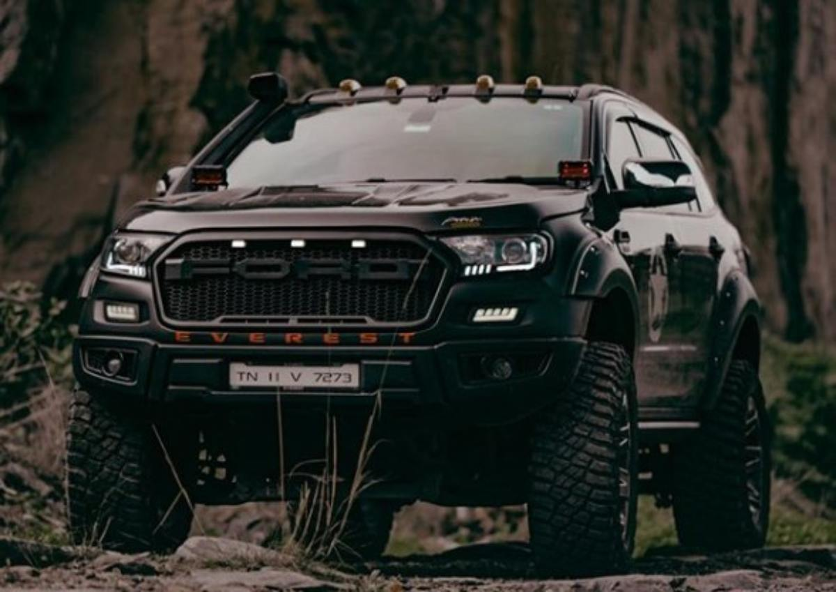 ford endeavour idumban front