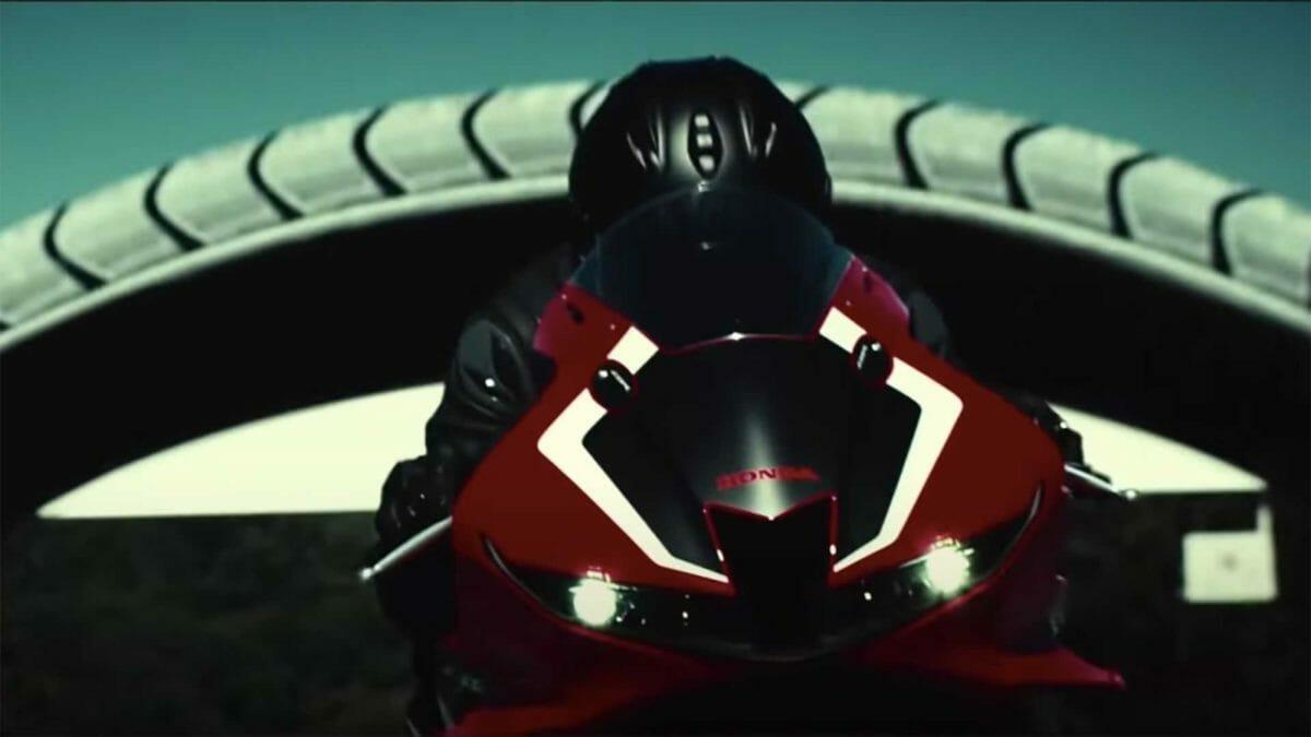 Honda CBR600RR (1)